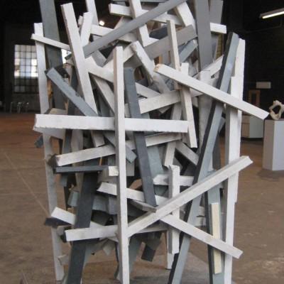Geflecht<br /> Jahr: 2013<br /> Material: Marmor, Granit<br /> Größe: 60 cm