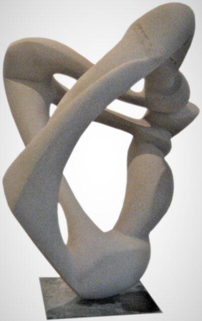 Anhänglich<br /> 2018<br /> Baumberger Sandstein<br /> H 40 cm, B 39 cm. T 28 cm